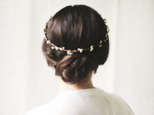 dreamy-flower-crown-girl-hair-Favim.com-2227482