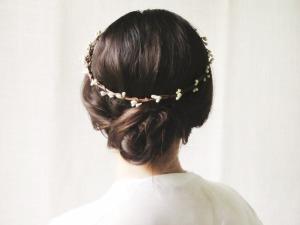 dreamy-flower-crown-girl-hair-Favim.com-2227482